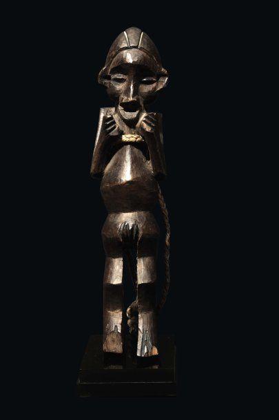 STATUE SUKU - CONGO Bois H_28 cm Le personnage...