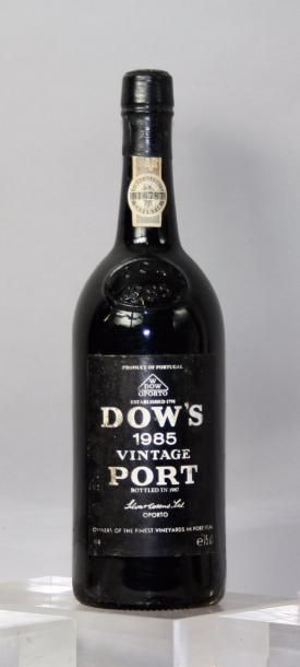 * 1 BOUTEILLE PORTO DOW'S VINTAGE 1985 Etiquette...