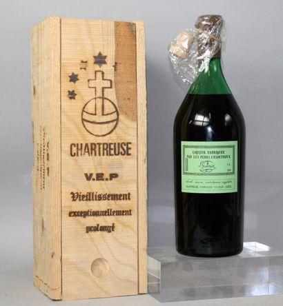 1 BOUTEILLE 1 L CHARTREUSE VERTE VEP - Liqueur...