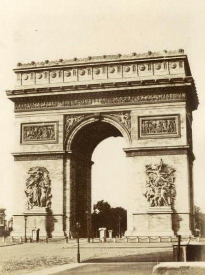 FÉLIX JACQUES A. MOULIN Paris, 5 photographies de l'Arc de Triomphe de l'Étoile,sculptures...