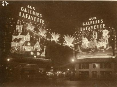PARIS, ILLUMINATIONS 96 photographies de...