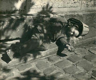 PARIS PITTORESQUE 8 photographies de l'école...