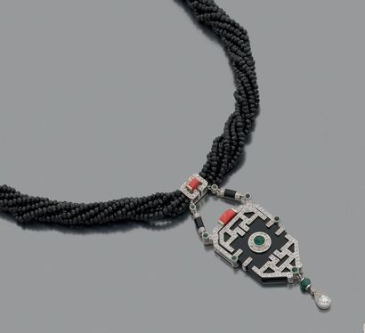 Collier multi-rangs de perles d'onyx facettées,...