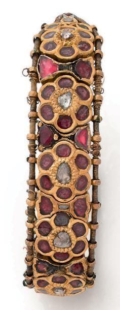 Bracelet Bazuband de fleurs en or 18K (750),...