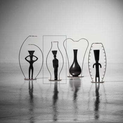 ANDREA BRANZI | Né en 1938 | Italie Vase soliflore modèle «Kouros» issu de la série...