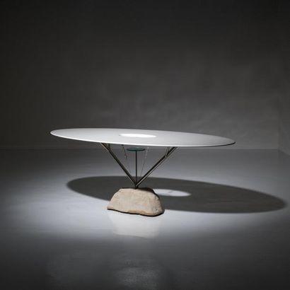ANDREA BRANZI | Né en 1938 | Italie Table elliptique modèle «Flying» issue de la...