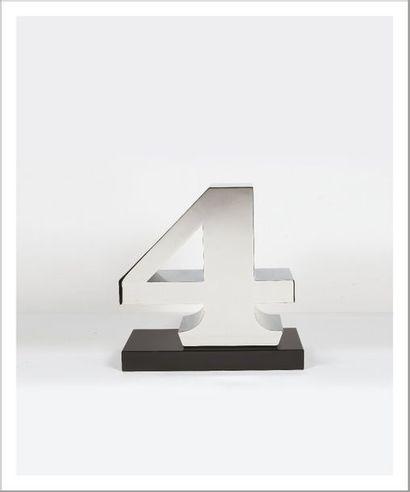 Robert INDIANA (né en 1928) Four, 1978-2003 Sculpture en acier inoxydable. Épreuve...