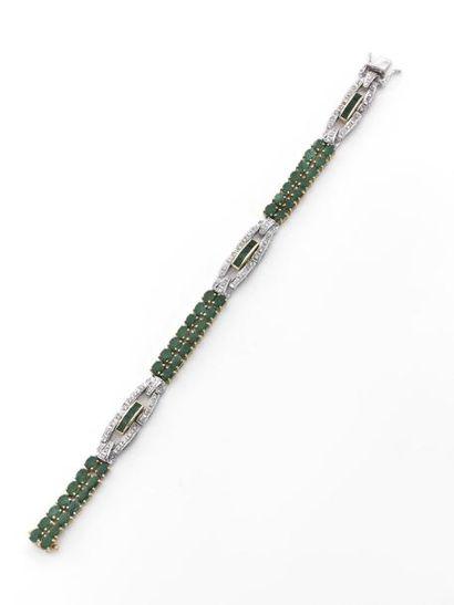 BRACELET lanière composé de trois motifs...