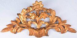 Motif En bois sculpté et doré représentant...
