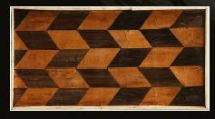 Coffret de forme rectangulaire au couvercle à pans, âme en bois et marqueterie alla...