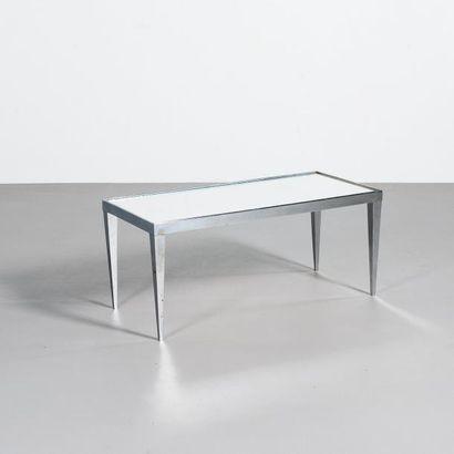 JACQUES ADNET | Attribué à | France Table basse Acier nickele et verre miroir Vers...