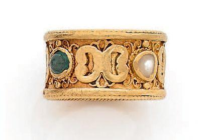 Bague large anneau en or 18K (750), ornée...