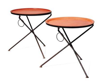 Paire de tables rondes d'appoint pliables...