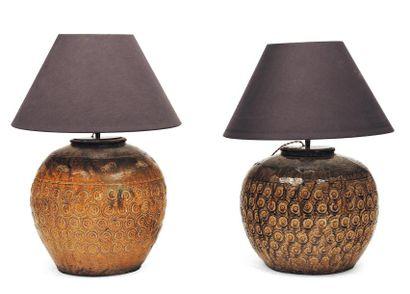 Paire de lampes en céramique. Chine, XIXe...
