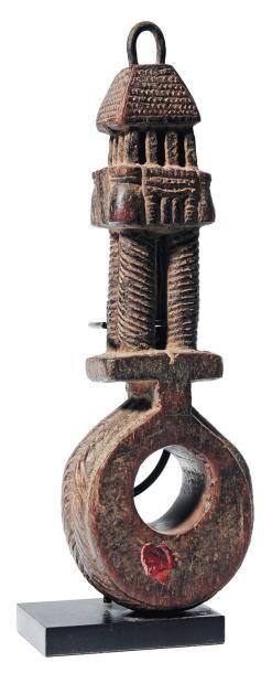 Objet africain H_32 cm