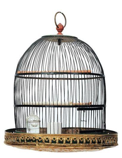 Cage à oiseaux à suspendre en tôle verte....