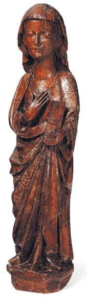 Sainte femme en peuplier sculpté. De canon...