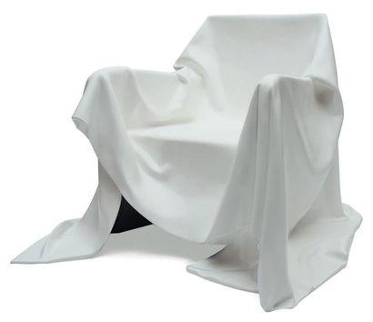 ANDREA SALVETTI (NÉ EN 1967) Prototype Fauteuil « Apparita » Fibre de verre blanche....