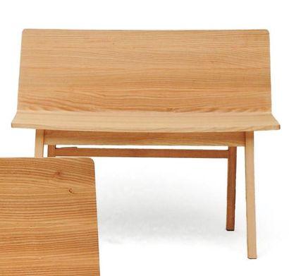 MARINA BAUTIER (NÉ EN 1980) Prototype Banc « Wood » Chêne massif. 2010. H_74 cm L_90...