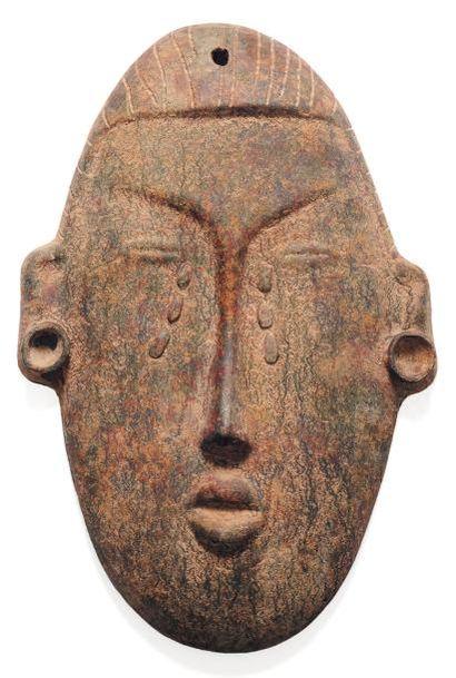 Tête africaniste Terre cuite. Vers 1935 H_60,5...
