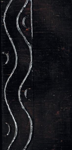 ETTORE ZACCARI (1877-1922) Colonne Bois massif noirci Vers 1910 H_150 cm L_21 cm...