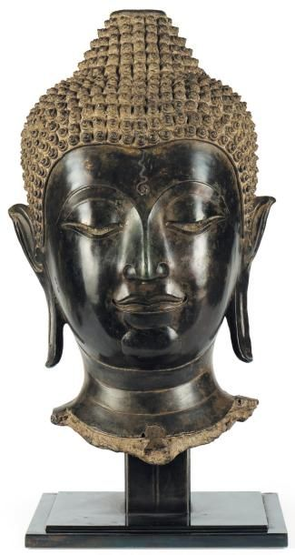 Importante tête de bouddha Bronze à patine...