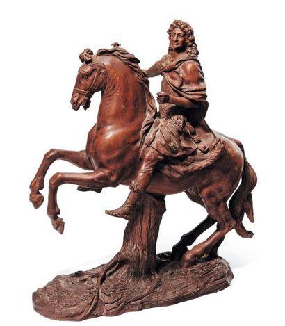 Statuette en terre cuite représentant Louis...