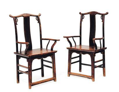 Paire de fauteuils chinois H_113 cm L_63...
