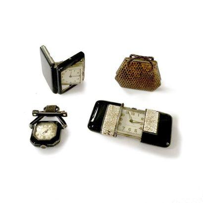 Lot de montres et réveil de voyage en métal et argent: la première Ermeto pour Hermès,...