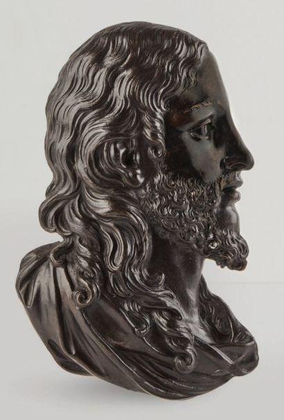 Profil droit de Christ en bronze d'applique...
