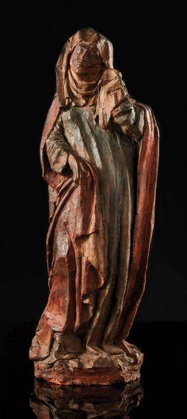 Vierge de Calvaire en terre cuite polychromée....