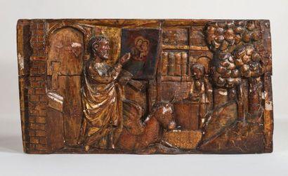 Panneau en bois sculpté en bas-relief, doré...