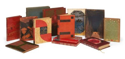 DIVERS Ensemble de 13 ouvrages: Poe. Poèmes....