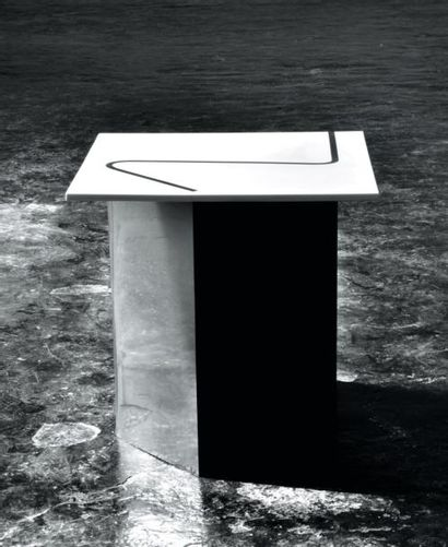 Side table - Pièce unique Table en corian...