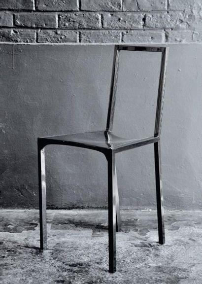C 12 - Prototype Chaise en fibre de carbone...