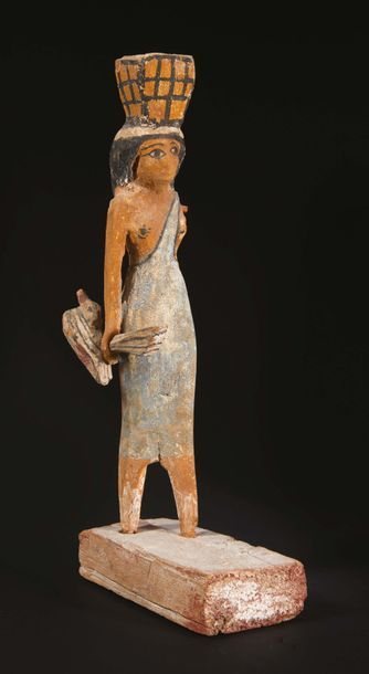 PORTEUSE D'OFFRANDES. Égypte, Moyen Empire....