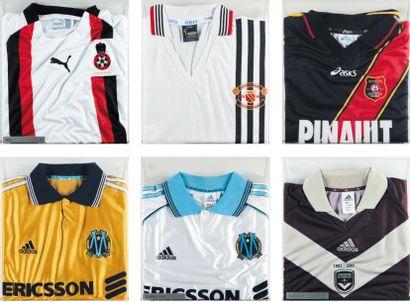 Ensemble de maillots de football Composé...