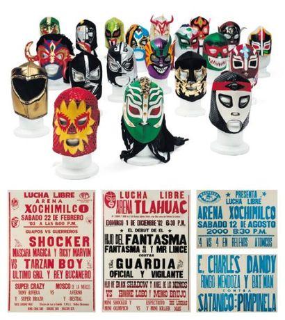 Ensemble de masques de catch et suite de publicités Contenant quarante masques de...
