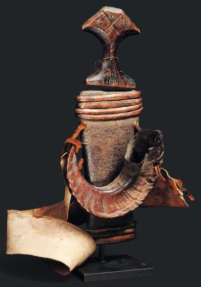 Couteau Lobala, Congo - Bois, métal. Couteau...