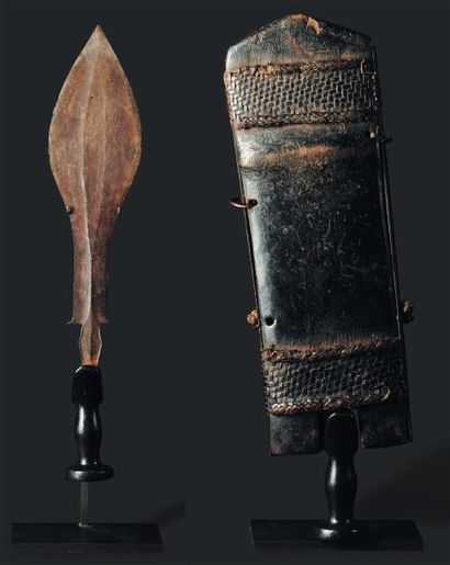 Couteau Kuba, Congo - Bois, métal. La lame...