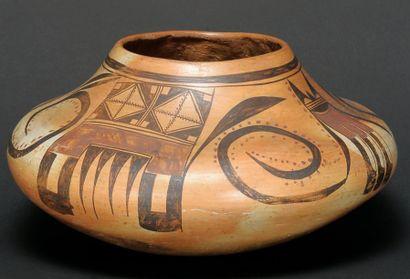 Vase à décor polychrome, Hopi, Arizona -...