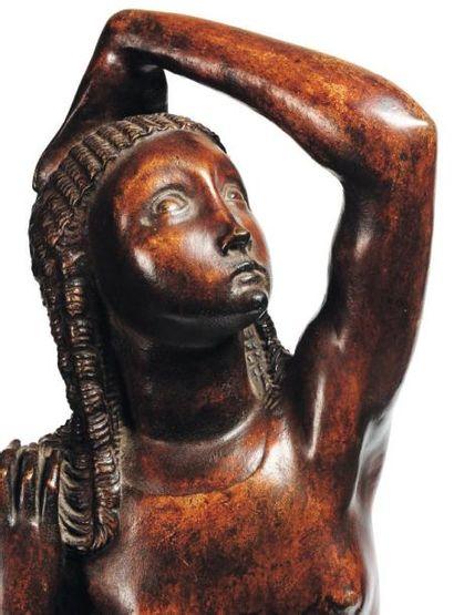 ERNEST WYNANTS (1878-1964) Femme, vers 1925 Bronze à patine brune et or. Fonte à...
