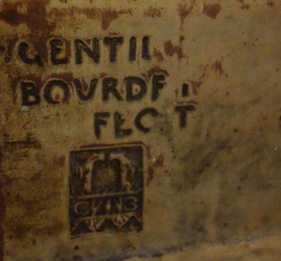 """GENTIL & BOURDET (MANUFACTURE) - BOULOGNE BILLANCOURT Manteau de cheminée """" Lierre..."""