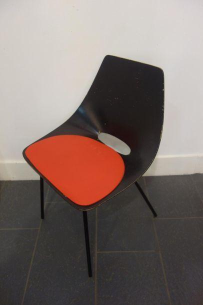 Pierre GUARICHE (1926-1995). Chaise modèle...