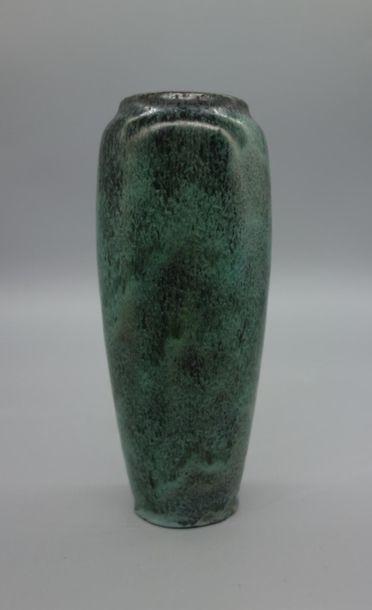 Émile DECOEUR (1876-1953) Vase en grès à...
