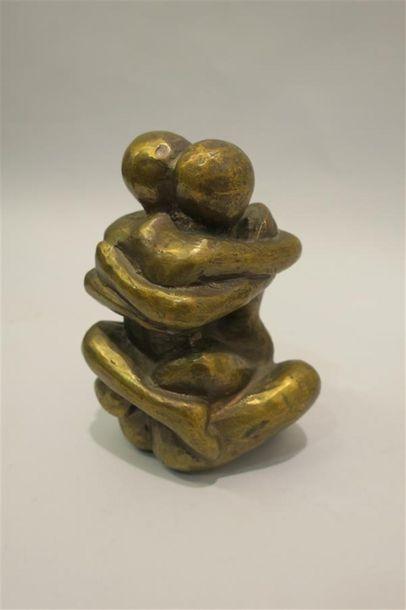 DUC (Xxème) Couple enlacé Bronze à patine...