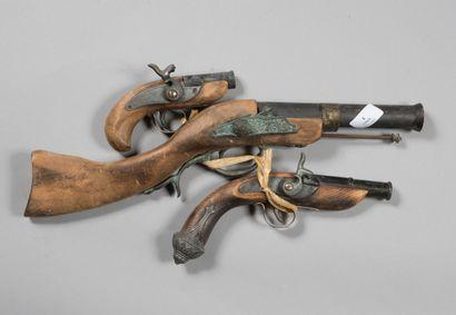 Pistolets , copies, mauvais état, lot de 3.