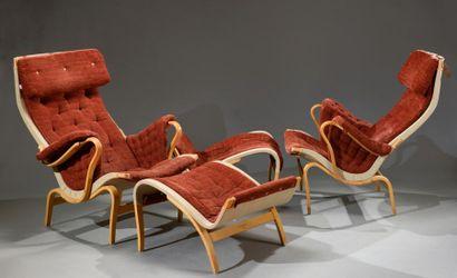 Paire de fauteuils et Ottomans Bruno Mathsson...