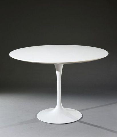 Table tulipe, plateau mélaminé rond blanc...