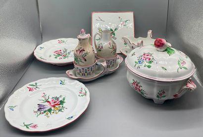 Service de table en porcelaine polychrome...
